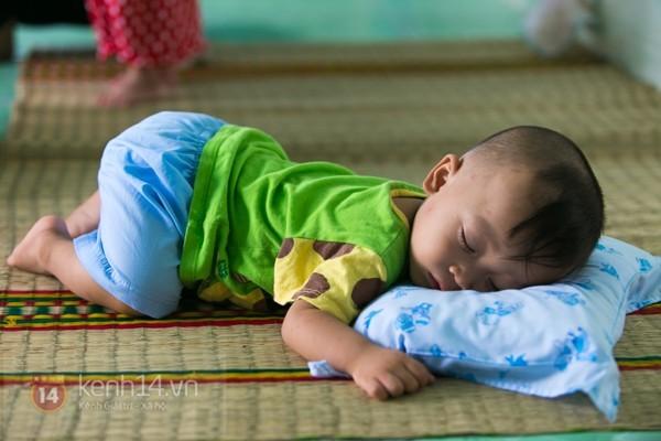 Chuyện về 12 trẻ sơ sinh bị bỏ rơi ở một ngôi chùa 28