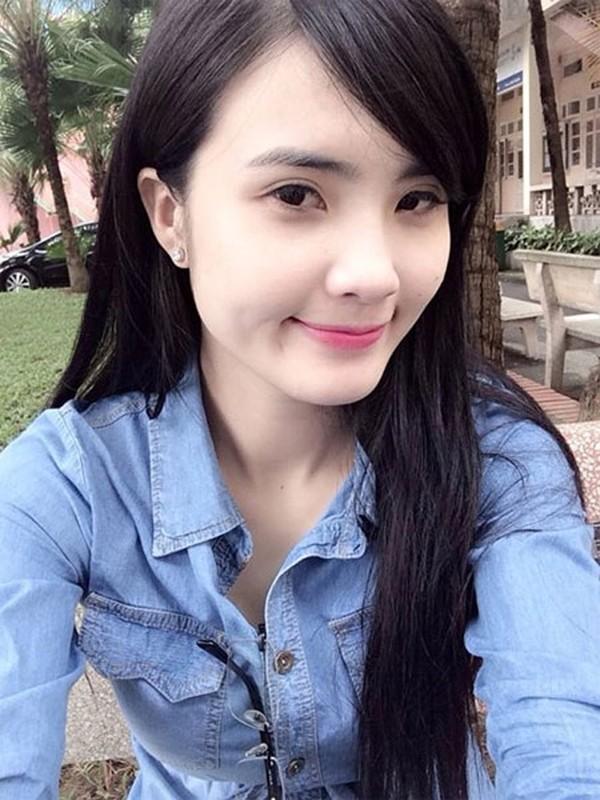 Khánh Chi ngày một xinh đẹp, tỷ lệ thuận với sự nổi tiếng của anh trai