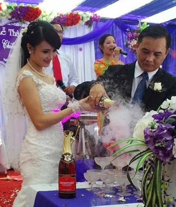 Lễ cưới được tổ chức vào ngày 6/7 vừa qua