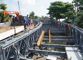 Cuối tháng 10 sẽ hoàn thiện cầu sắt An Phú Đông