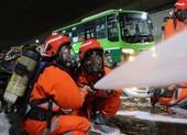 Hơn 300 người diễn tập chữa cháy tại hầm sông Sài Gòn