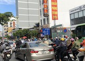 Ùn tắc giao thông khu vực sân bay Tân Sơn Nhất