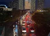 Chú ý: Phân luồng lại giao thông dưới dạ cầu Sài Gòn