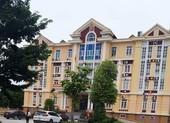 Báo cáo Bộ Công an vụ lãnh đạo huyện đánh bạc trong trụ sở