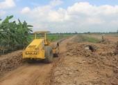 Yêu cầu làm rõ nguồn vật liệu ở cao tốc Trung Lương - Mỹ Thuận