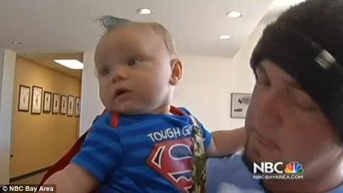 Mike Moore và con trai