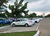Hàng trăm taxi đình công, bỏ khách ở sân bay Đà Nẵng