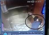 Cựu Viện phó VKS sàm sỡ bé gái trong thang máy nói gì?