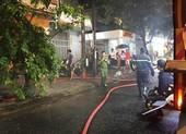 Cháy quán bar giữa trung tâm Đà Nẵng, nhiều người tháo chạy