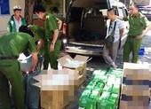5.000 bao thuốc lá lậu trên ô tô biển số giả chạy về Đà Nẵng