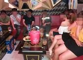 Quán karaoke đóng cửa chính, lén hoạt động bất chấp lệnh dừng