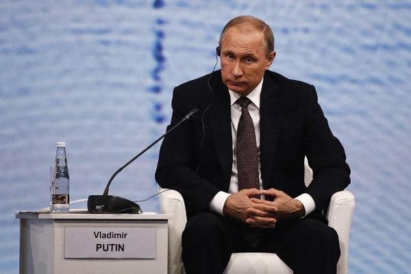 ổng thống Nga Vladimir Putin khẳng định Nga không hề can thiệp vào kết quả trưng cầu Brexit.