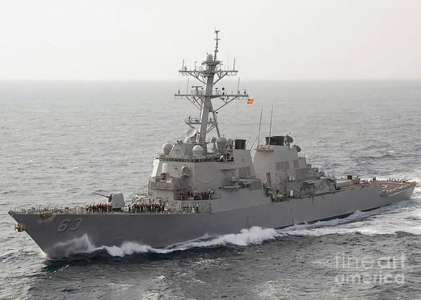 Tàu khu trục tên lửa USS Stethem của Mỹ.