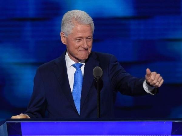 Ông Bill Clinton phát biểu tại đại hội đảng Dân chủ ở Philadelphia (Mỹ) ngày 26-7.