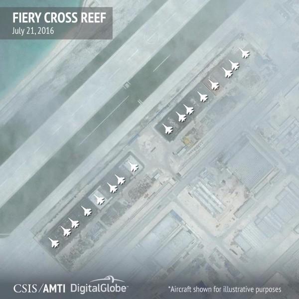 Hình ảnh vệ tinh của CSIS cho thấy Trung Quốc xây dựng nhà chứa máy bay ở đá Chữ thập (Trường Sa).