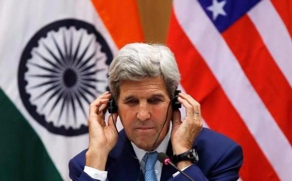 Ngoại trưởng Mỹ John Kerry trong cuộc họp báo chung với Ngoại trưởng Ấn Độ Sushma Swaraj  ngày 30-8.