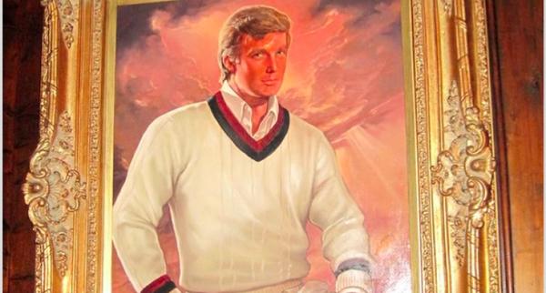 Bức tranh phác họa chân dung Trump được mua bằng tiền của quỹ Trump Foundation đang được treo tại khu nghỉ dưỡng Mar-a-Lago của Trump ở bang Florida (Mỹ).