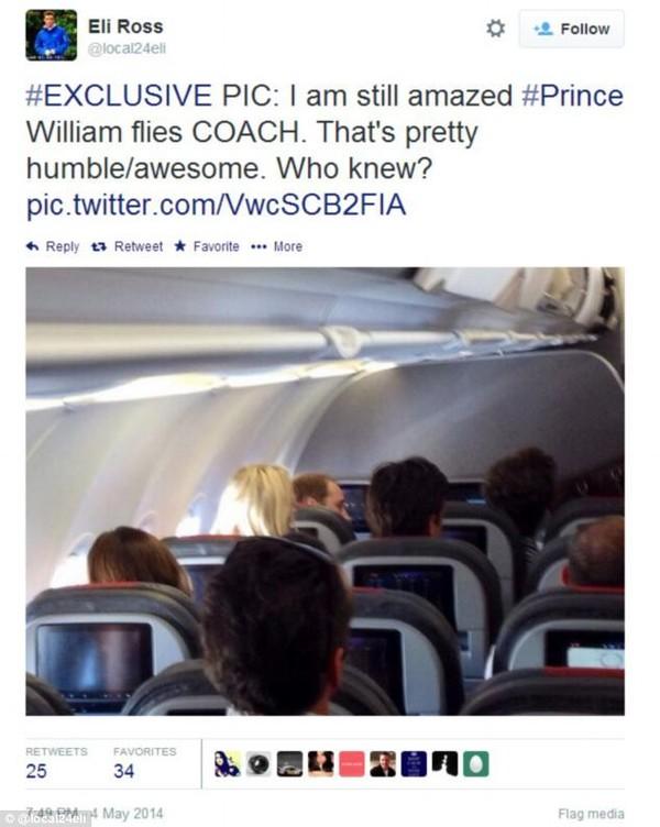 Hoàng tử William (bên trái hàng trên cùng) trên chuyến bay thương mại của hãng American Airlines (Mỹ).