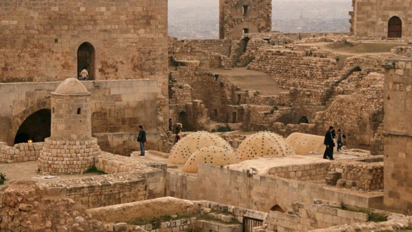 Thành cổ trong Old City ngày 11-12-2009.