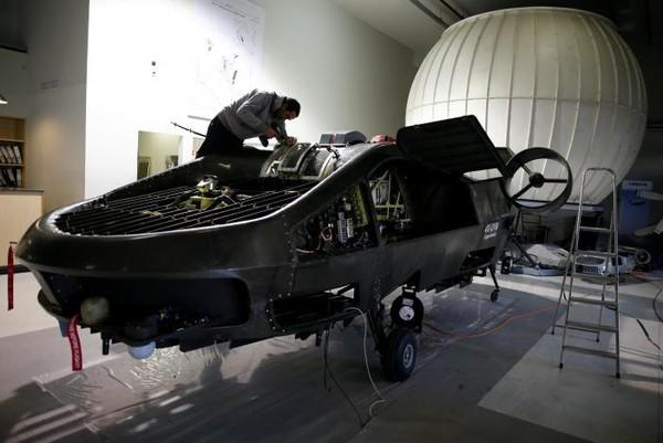 """""""Xe bay"""" Cormorant sắp ra mắt sau 15 năm phát triển. Ảnh: REUTERS"""