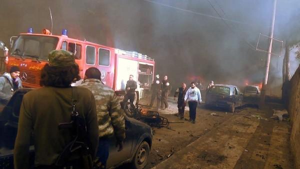 Hiện trường đánh bom. Ảnh: AFP