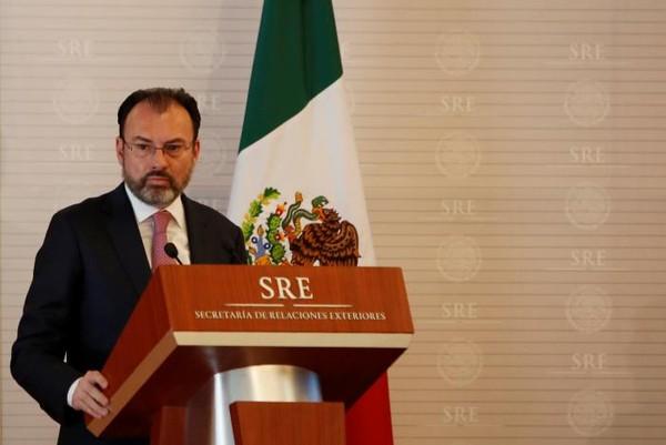 Ngoại trưởng Mexico Luis Videgaray trong một hội nghị với ban nhân quyền LHQ ở Mexico ngày 22-2. Ảnh: REUTERS