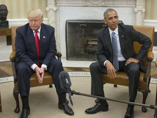 Tổng thống đắc cử Donald Trump (trái) đến Nhà Trắng thăm Tổng thống Barack Obama ngày 11-9-2016. Ảnh: EPA