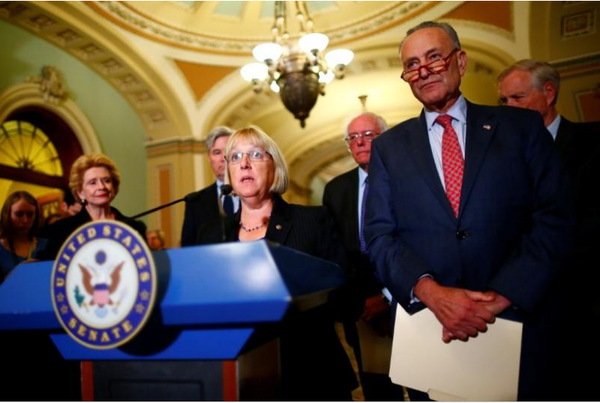 Thượng nghị sĩ Dân chủ Patty Murray phát biểu tại cuộc họp báo tại Quốc hội ngày 17-10. Ảnh: REUTERS