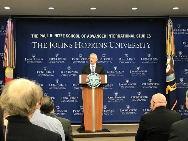 Bộ trưởng Quốc phòng Mỹ James Mattis thông báo Chiến lược Quốc phòng Quốc gia, nhắm mục tiêu ngăn chặn Nga, Trung Quốc. Ảnh: TWITTER