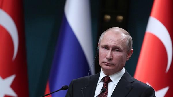 Tổng thống Nga Vladimir Putin trong cuộc họp báo tại Ankara (Thổ Nhĩ Kỳ) ngày 3-4. Ảnh: REUTERS