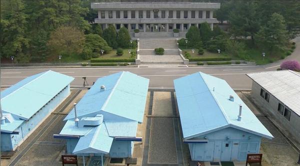 Khu phi quân sự liên Triều trong ngày diễn ra cuộc gặp thượng đỉnh liên Triều lịch sử 27-4. Ảnh: REUTERS