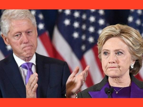 Bà Clinton và chồng là cựu Tổng thống Mỹ Bill Clinton phát biểu thừa nhận thất bại trước ông Trump trong cuộc bầu cử tổng thống Mỹ 2016. Ảnh: AFP