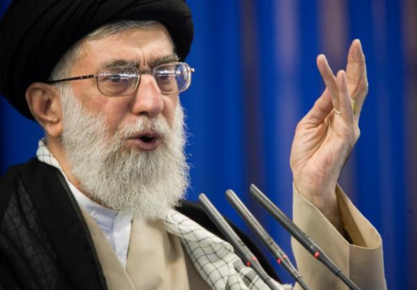 Lãnh đạo Iran Ayatollah Khamenei vừa ra lệnh chuẩn bị khôi phục và tăng cường làm giàu uranium. Ảnh: REUTERS