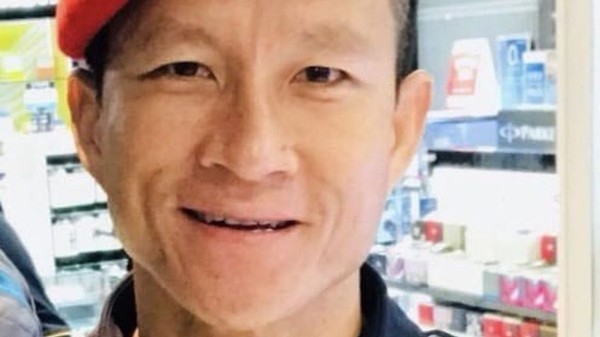 Chiến dịch giải cứu sẽ phải đẩy nhanh sau khi thợ lặn Samarn Poonan, cựu thành viên đơn vị đặc nhiệm hải quân Thái Lan, tham gia cứu hộ đội bóng nhí thiệt mạng tối 5-7 vì thiếu ô xy. Ảnh: SKY NEWS