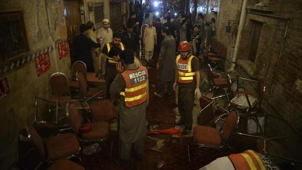 Hiện trường đánh bom tại thị trấn Bannu tỉnh Khyber Pakhtunkhwa (Pakistan) ngày 13-7. Ảnh: NEWS ON AIR