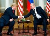 Ông Trump nháy mắt với ông Putin