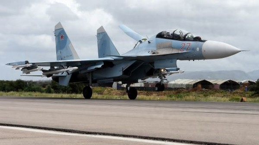 Máy bay ném bom Su-35 của Nga tại căn cứ quân sự Hmeimim ở tỉnh Latakia (tây bắc Syria). Ảnh: AP