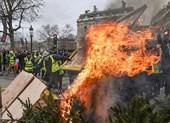Dân Pháp đòi ông Macron từ chức