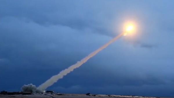Nga nói Mỹ đã xác nhận sẽ rút khỏi Hiệp ước INF và tuyên bố sẽ không ngồi yên nếu Mỹ đưa tên lửa đến châu Âu. Ảnh: SPUTNIK