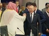 Màn bắt tay giữa ông Putin và thái tử Saudi Arabia gây chú ý