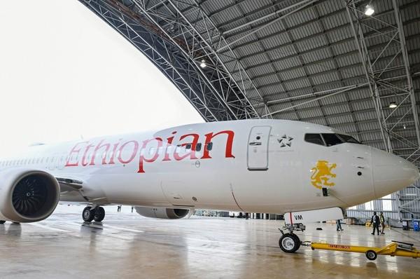 Một chiếc Boeing 737 Max 8 của hãng Ethiopian Airlines, tương tự chiếc đã rơi sáng 10-3. Ảnh: EPA