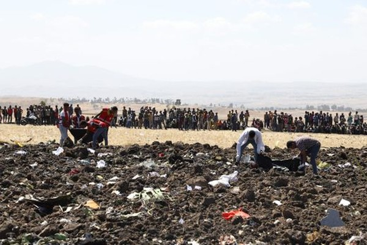 Vụ rơi máy bay ở Ethiopia là tai nạn thứ hai của Boeing 737 MAX 8 trong vòng chỉ vài tháng. Ảnh: AFP