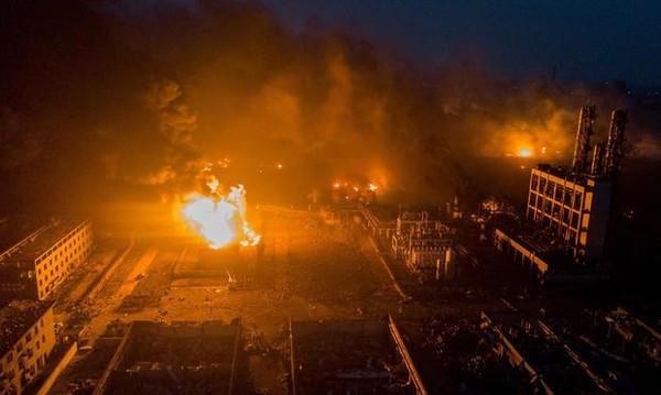 47 người chết trong vụ nổ nhà máy hóa chất Tianjiayi Chemical ở Diêm Thành, Giang Tô (Trung Quốc) ngày 21-3. Ảnh: REUTERS