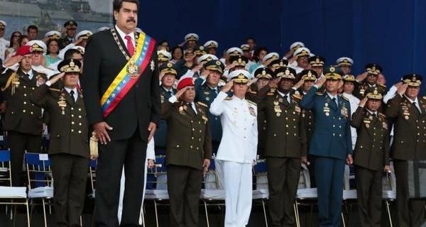 Tổng thống Venezuela Nicolas Maduro (đứng trên cùng). Mỹ vừa họp kín bàn khả năng can thiệp quân sự  vào Venezuela. Ảnh: GRAYZONE