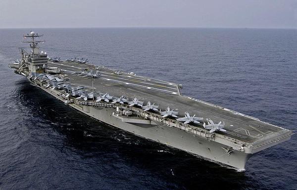 Tàu sân bay USS Abraham Lincoln của Mỹ đang tiến về Trung Đông. Ảnh: WIKIPEDIA