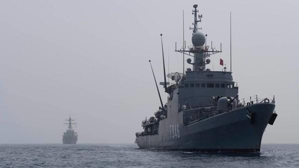 Tàu USS Gonzalez- một trong hai tàu khu trục tên lửa của Mỹ chở tên lửa hành trình Tomahawk đến gần Iran. Ảnh: