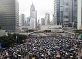 Hong Kong: Đường sá bị chặn, các nhà lập pháp không thể đi họp