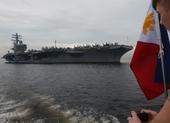 Siêu tàu sân bay Mỹ USS Ronald Reagan tuần tra biển Đông