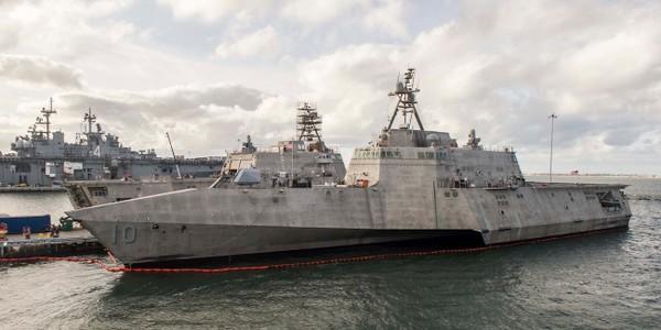 Tàu tác chiến duyên hải USS Gabrielle Giffords của Mỹ tại căn cứ hải quân San Diego. Ảnh: US NAVY