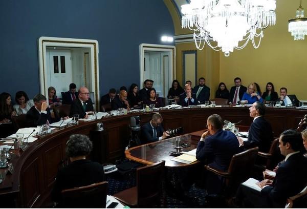 Ủy ban Quy định Hạ viện điều trần ngày 17-12 liên quan tiến trình luận tội Tổng thống Donald Trump. Ảnh: REUTERS
